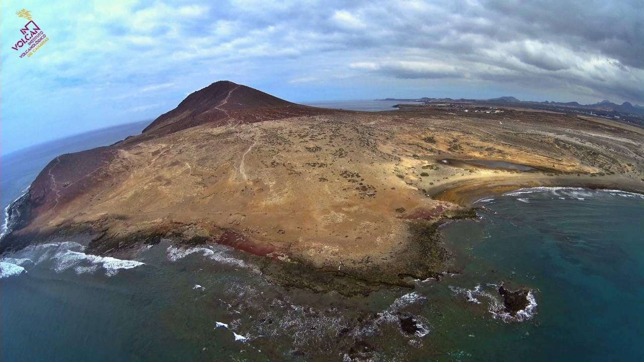 Obras de restauración de la Reserva Natural Especial de Montaña Roja en su 2ª fase como compensación a la construcción del Puerto de Granadilla de Abona