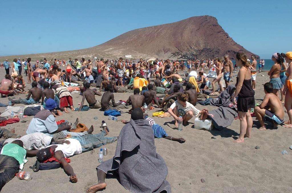 La costa de Granadilla de Abona y su protagonismo en la llegada a Canarias de migrantes en pateras y cayucos (I)
