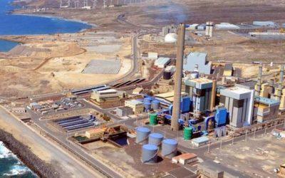La central de producción eléctrica de Granadilla de Abona, propiedad de Endesa, una de las industrias más contaminantes del país