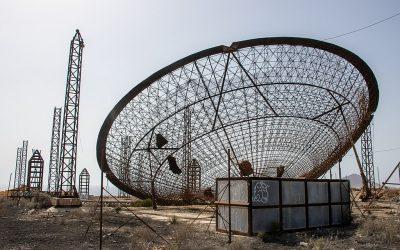 La central termoeléctrica solar abandonada en El Médano (II)